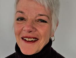 Lilly Dube, QuantaPraticien(ne) certifié(e), Canada - Académie de QuantaPraticiens Internationale